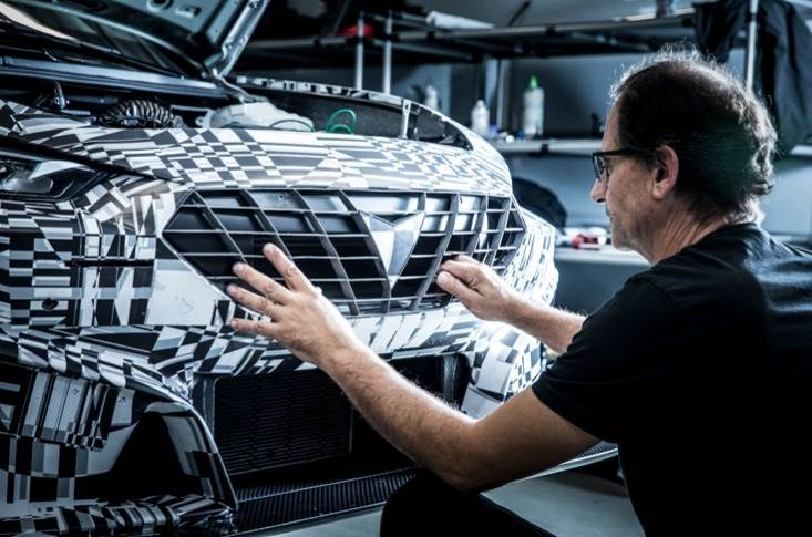 Cupra using state-of-the-art multi-jet fusion technology 3D printing for the race vehicle