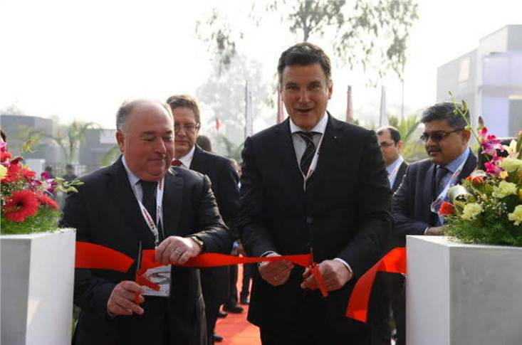 L-R: Jean Claude Fayat, president and CEO Fayat Group and Jorg Unger, president, Fayat Road Equipment Division inaugurating the new Pune Facility.