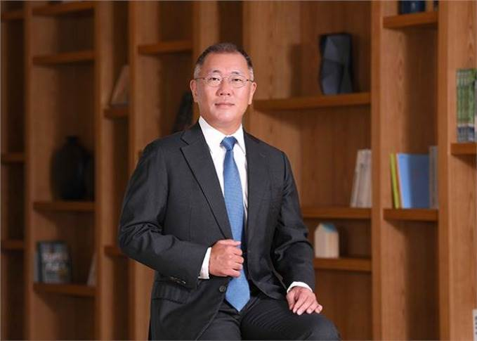 Euisin Chung, Chairman of the Hyundai Motor Group, has led the rise of Hyundai-Kia into the ranks of the global top five automakers