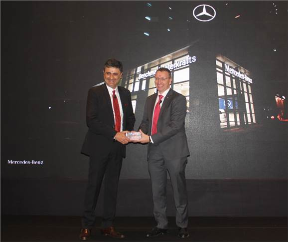 L-R: Sanjay Thakker, Chairman, Group Landmark, and Martin Schwenk, managing director and CEO, Mercedes-Benz India.