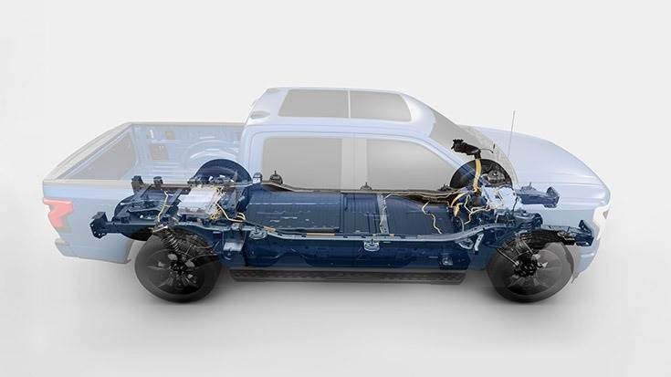 563bhp F-150 Lightning will be offered with two battery capacities, offering official ranges of around 230 (368km) and 300 miles (480km) on the American EPA test cycle.