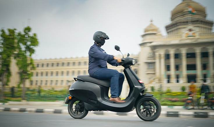 Bhavish Aggarwal puts the soon-to-be-launched Ola electric scooter through its paces in Bangalore.