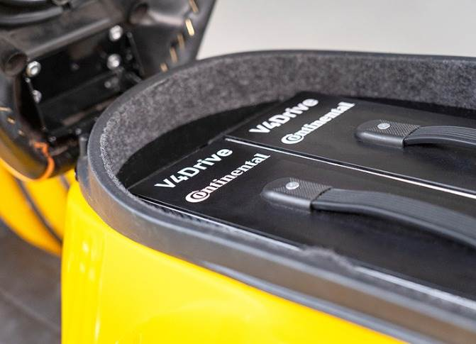 New 48-volt battery pack with ultra-high-performance lithium-ion round cell V4Drive integrated.