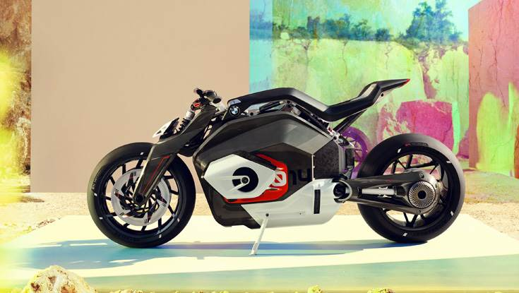 BMW Motorrad Vision DC Roadster previews the future of BMW Motorrad with alternative drive forms.