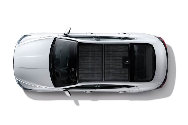 Hyundai's solar roof charging system makes its debut on the new Sonata Hybrid, now on sale in Korea and soon in North America. There are no plans as yet to expand sales of this model to Europe.