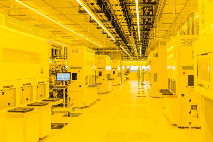 The cleanroom is illuminated with a special yellow light that contains no ultraviolet radiation. This prevents the photoresist-coated wafers from being inadvertently exposed.