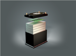 Dual Voltage BMS bundles conventional, separate core elements of 48 V hybridisation (48 V battery, 12 V battery and DC/DC converter) in a single product with the package space of a lead-acid battery.