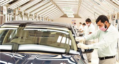 Skoda and Volkswagen Group give a million euros to India to fight pandemic