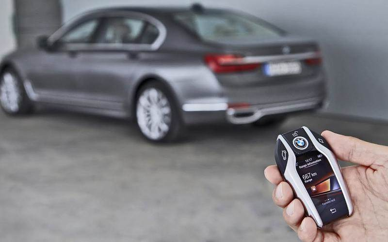 Remote-controlled BMW